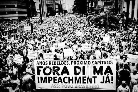 impeachment protesto
