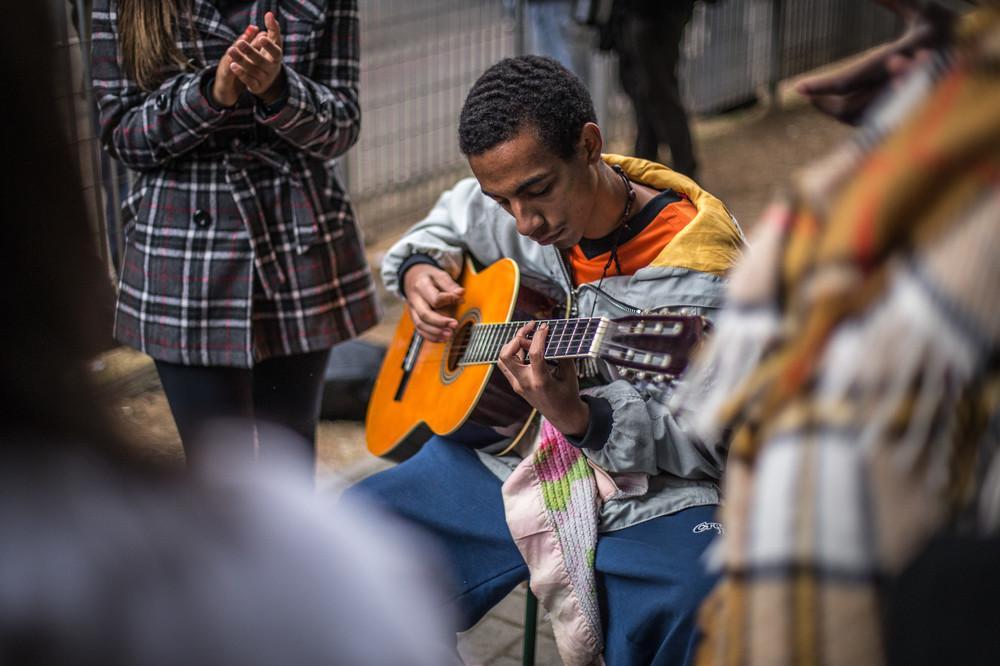 violão-centro-paula-souza-ocupacao-estudantes-merenda