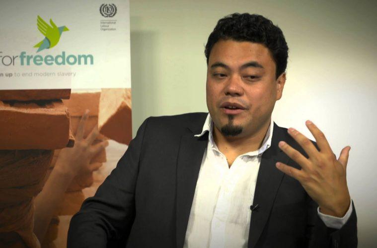 Leonardo Sakamoto lutando contra a escravidão - menos na Venezuela