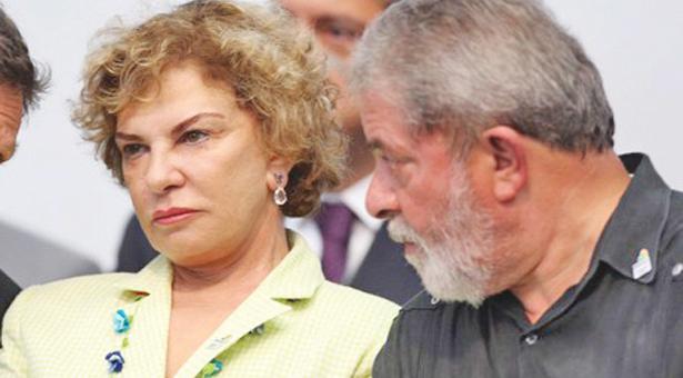 Marisa Letícia e Lula, donos do triplex do Guarujá