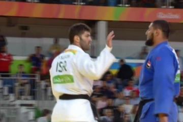 Judoca egípcio muçulmano Islam el-Shahaby recusa-se a cumprimentar israelense Or Sasson