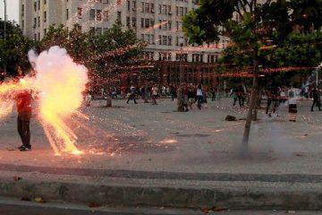 Cinegrafia Santiago Andrade, morto por artefato disparado por black blocs na Central do Brasil, Rio de Janeiro