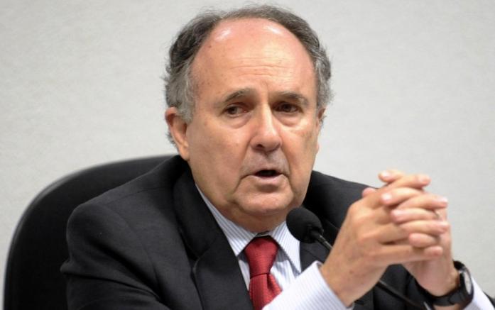 Cristovam Buarque, senador pernambucano