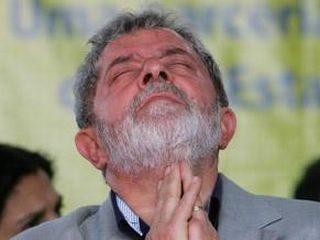"""Lula """"rezando"""""""