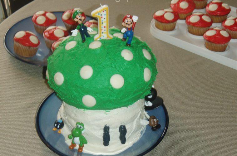 Bolo de aniversário Mario: 1 ano, 1 vida