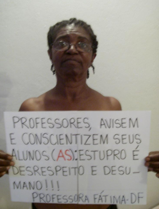 Hashtag #naomerecoserestuprada