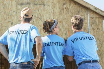 Trabalhadores voluntários são de esquerda ou de direita?