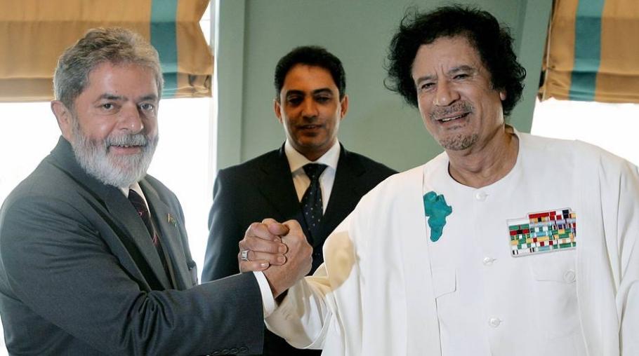 Lula com Kadafi