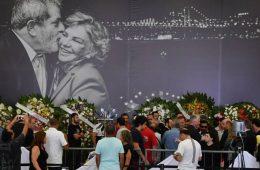 Lula comício desrespeito funeral velório Marisa Letícia