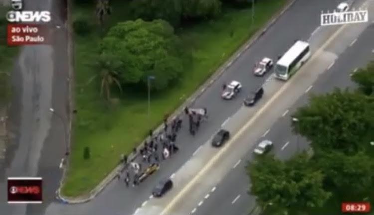 Globo News - CUT faz greve com ninguém nas ruas