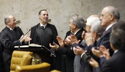 Luís Roberto Barroso, ativista judicial do STF