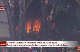 Ministério da Agricultura incendiado por vândalos