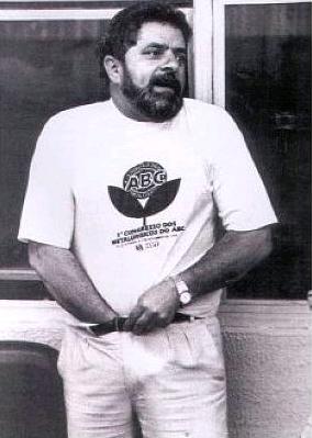 Lula põe a mão no saco