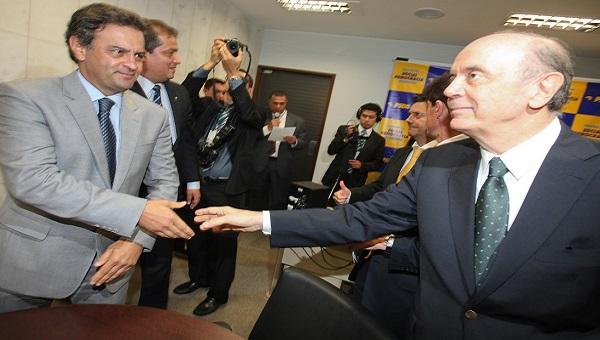 Aécio Neves e José Serra, com nojinho