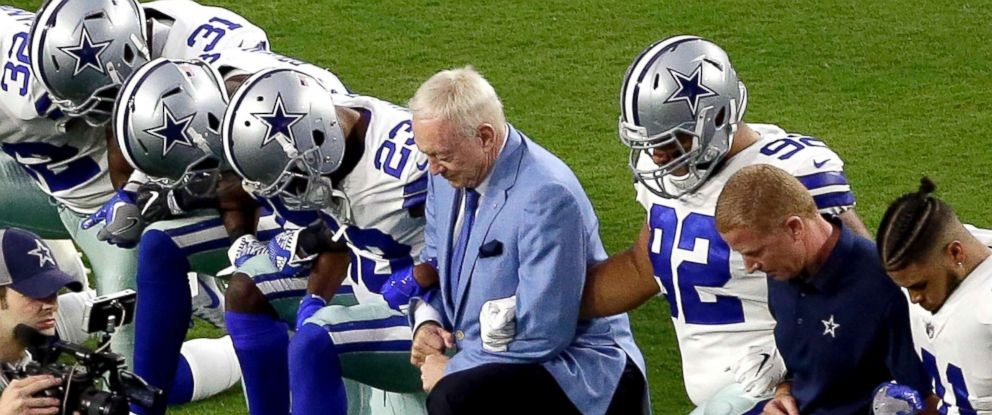 Dallas Cowboys se ajoelham