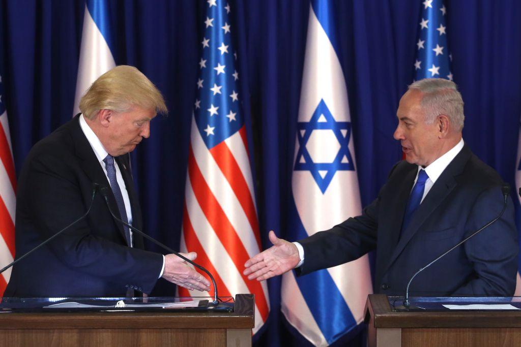 Donald Trump e Benjamin Netanyahu discursam sobre o reconhecimento de Jerusalém como capital de Israel e a transferência da embaixada americana, hoje em Tel Aviv