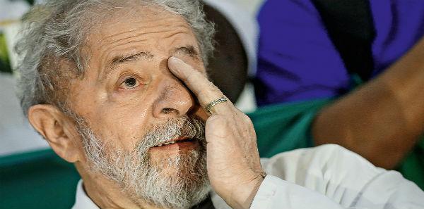 Lula é réu condenado