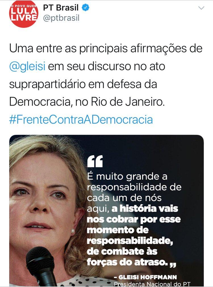 PT posta hashtag contra a democracia