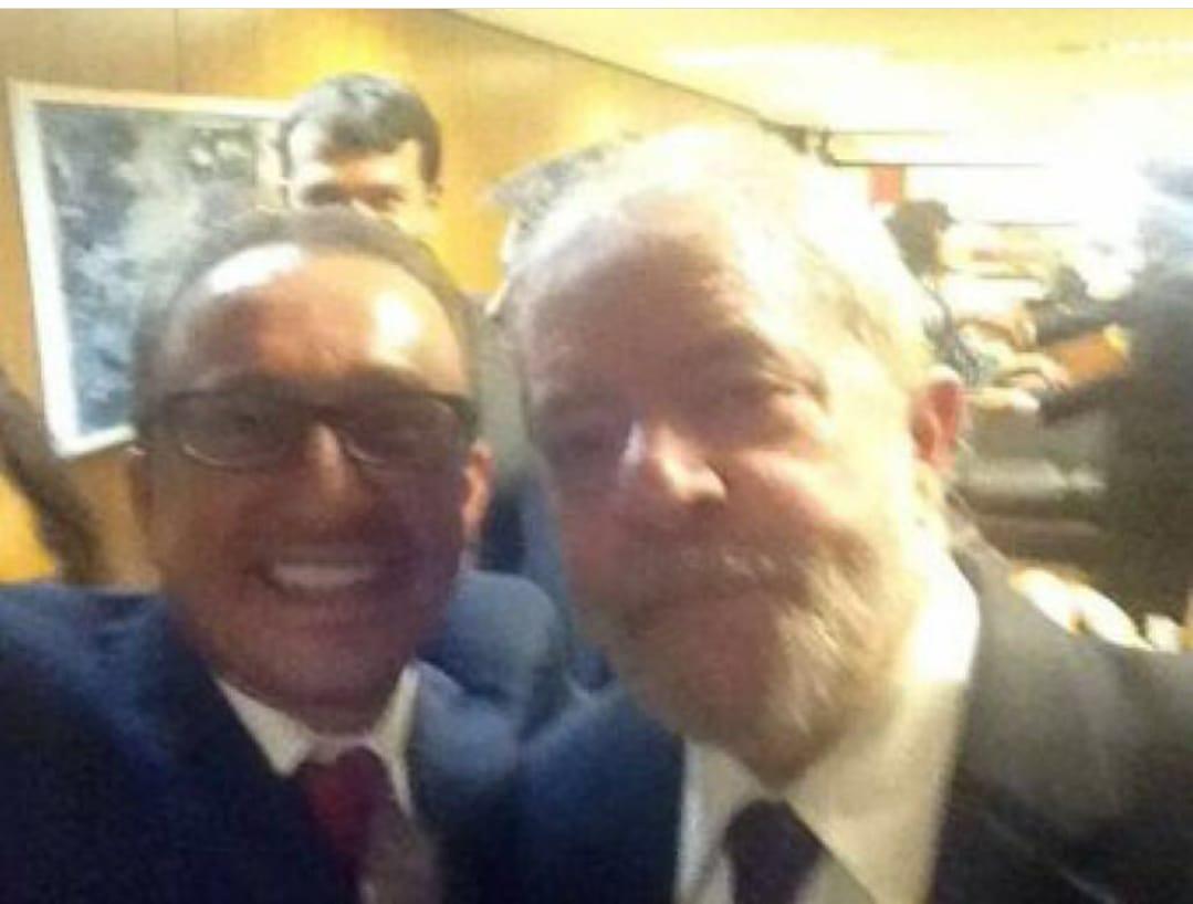Rogério Favreto Lula selfie
