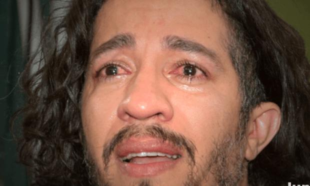 Jean Wyllys chorando
