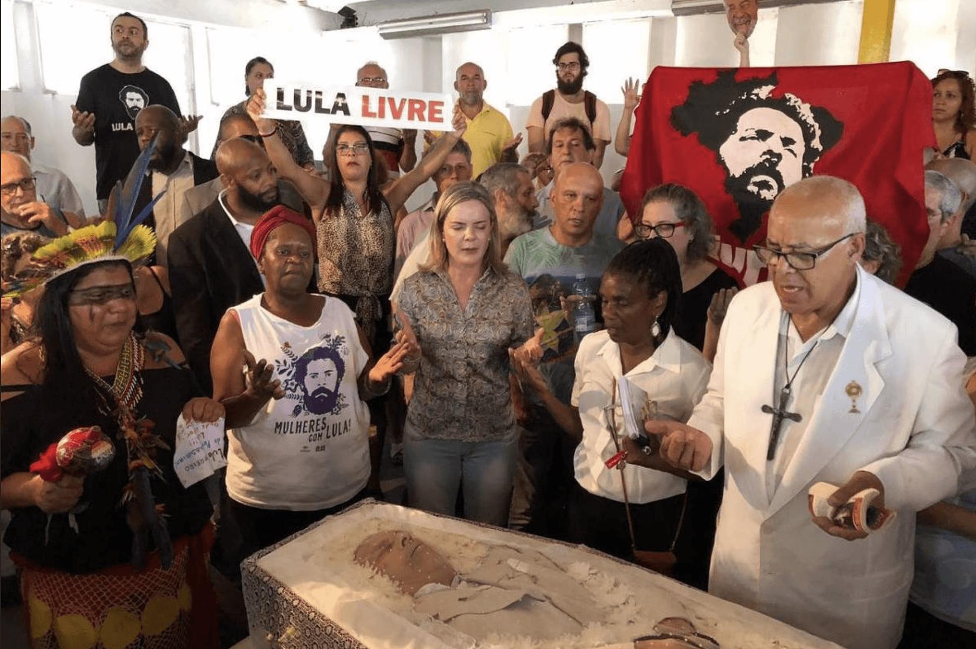 Necromício: velório do irmão de Lula, Vavá