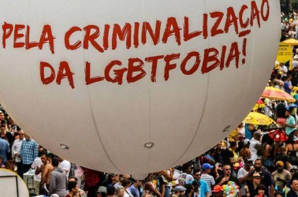 STF legisla contra homofobia
