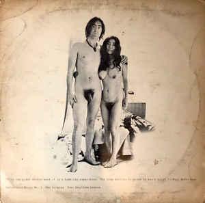 John Lennon e Yoko Ono nus