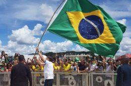 Bolsonaro, manifestações, corona