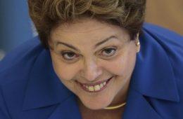 Dilma Rousseff rindo - proposta que você não pode recusar