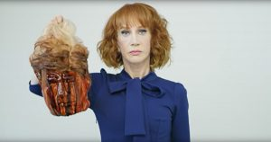 Kathy Griffin cabeça decepada Donald Trump