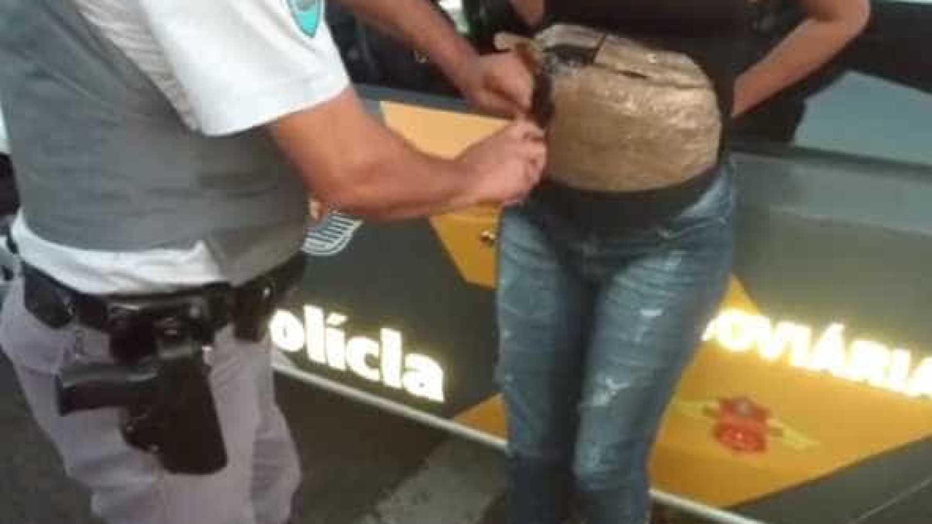 Falsa grávida presa pela polícia