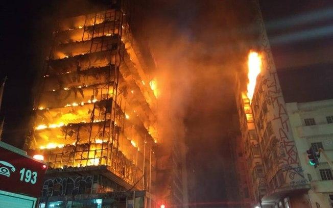 Incêndio em prédio no Largo do Paissandu