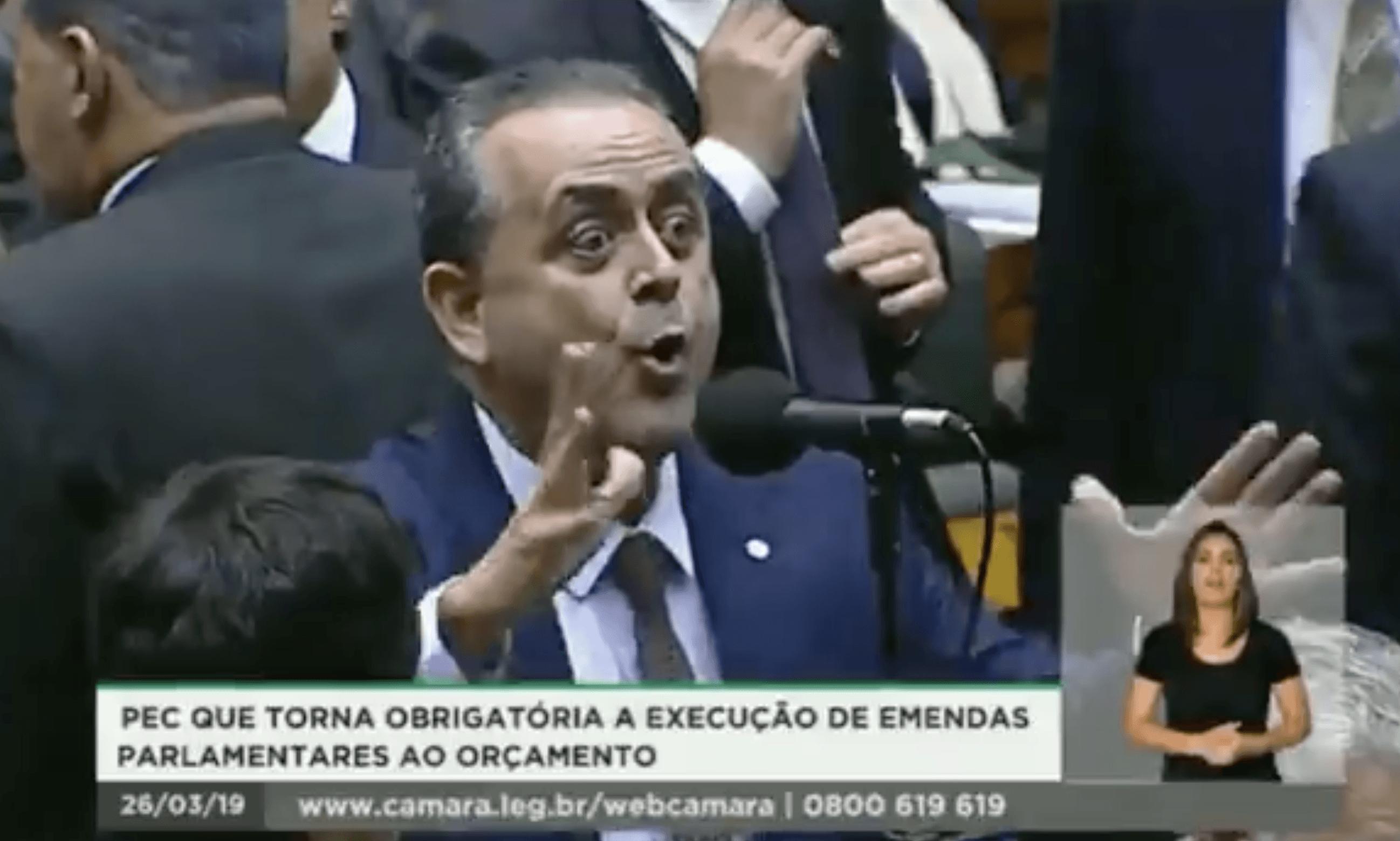"""Luiz Flávio Gomes: """"Rodrigo Maia entraria com o sexual, e o brasileiro com o cu"""""""