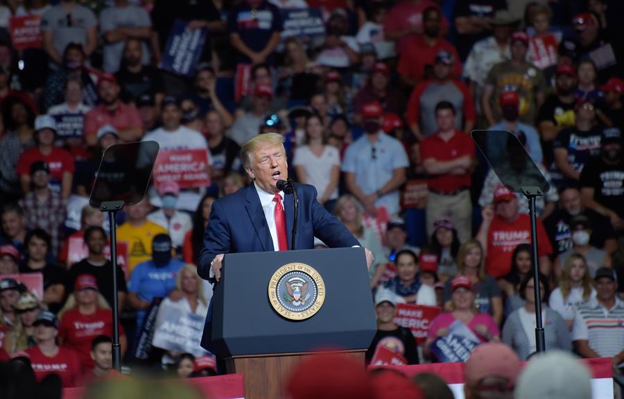 Donald-Trump, Igreja, Queimar, Antifas, Biden