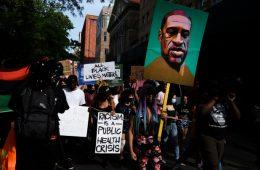 Rich Lowry, protesto, new york post