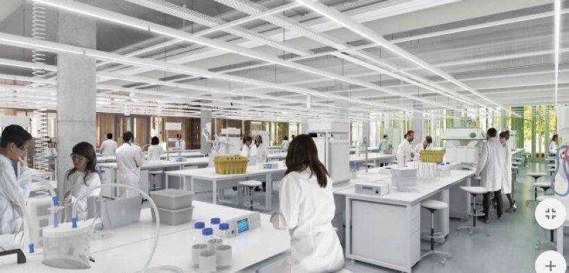 Laboratório AstraZeneca não se responsabiliza por efeito colateral da vacina COVID-19